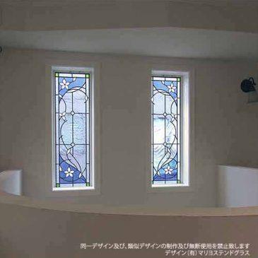 アールヌーボー様式 ステンドグラス