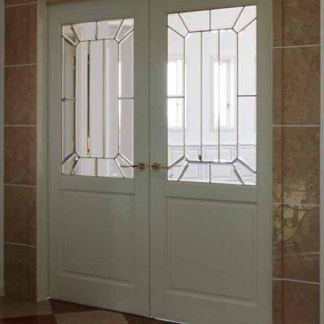 ステンドグラスドア施工 金色の真鍮ケイム ブラスケイム