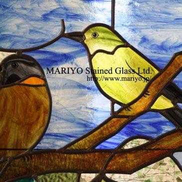 ステンドグラス 鳥 動物と風景のデザイン