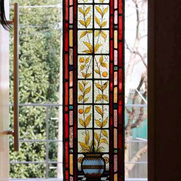 アンティーク ステンドグラス オークションで購入したステンドグラスの施工