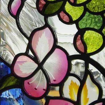 花のステンドグラス マロニエの花