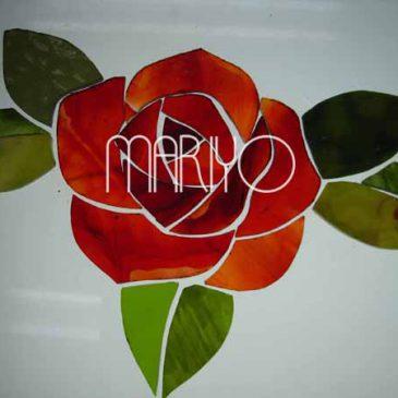 ステンドグラスの作り方 レッドケイムで組む 薔薇のステンドパネル
