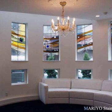 ステンドグラス 作品 流水 十のつながりデザイン 連窓 施工例