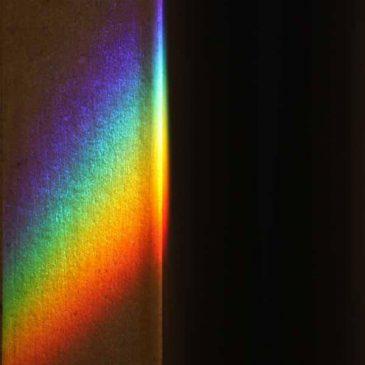 光の表情 光が屈折してできた虹