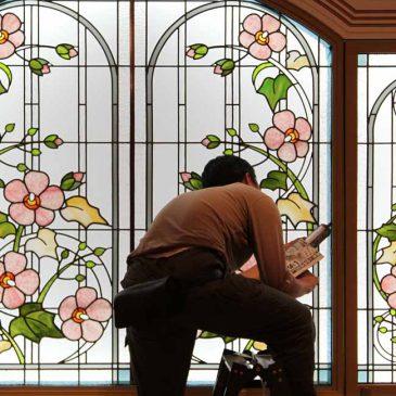 ステンドグラス 明治記念館 結婚式場 芙蓉の間