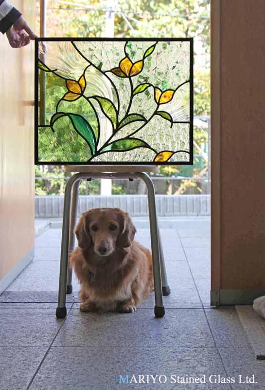 花のステンドグラス