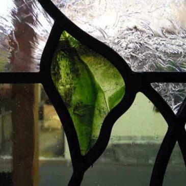 ぶどう図柄のステンドグラス 2/2 施工写真