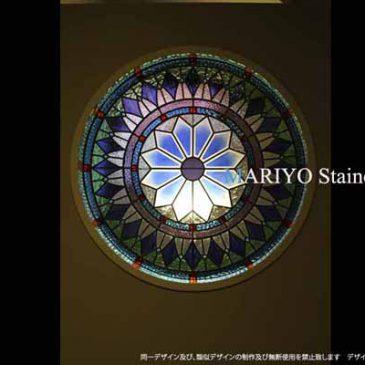 バラ窓のステンドグラス | 丸窓 瞑想の部屋