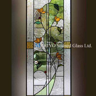 暖色系の花のステンドグラス