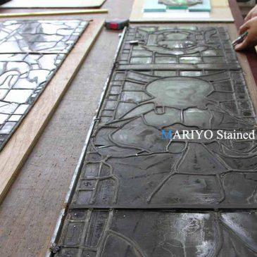 マービン木製サッシ窓のステンドグラス