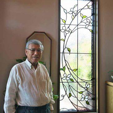 人間国宝 鳥羽屋里長様邸のステンドグラス