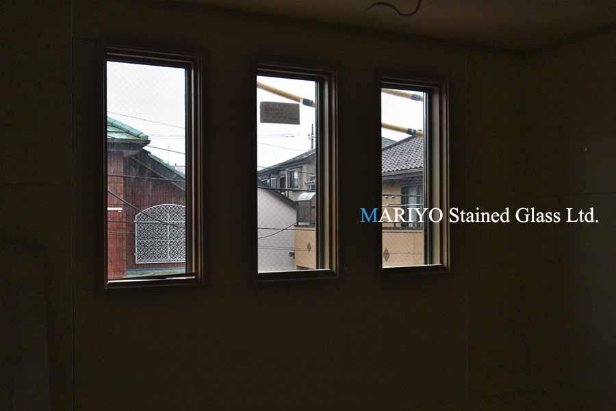 ステンドグラス玄関吹抜サッシ窓D81-14E