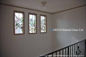 ステンドグラス 鳥と花窓斜D81-14E