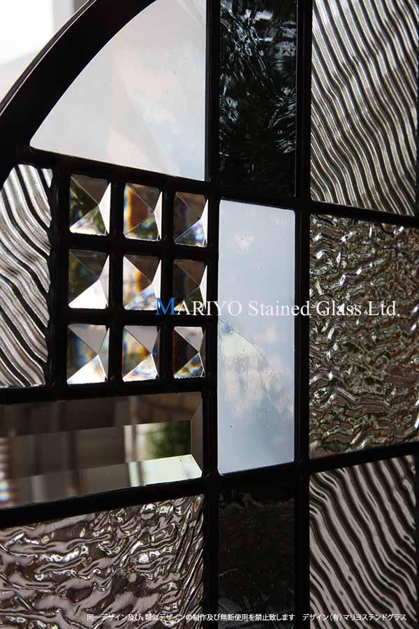 ステンドグラス 和室丸窓部分画像