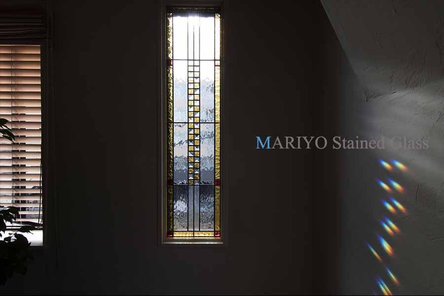作家ブログ 虹 スペクトル ステンドグラス画像 土屋ホーム