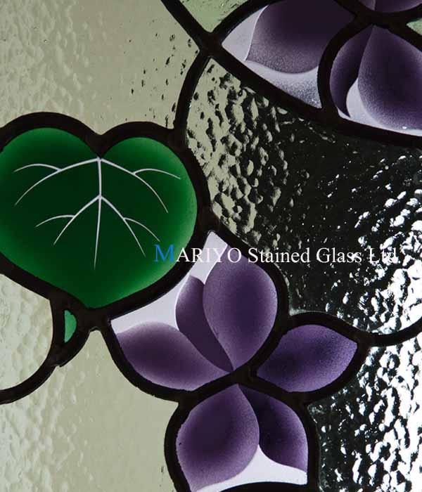 スミレのステンドグラス 部分画像