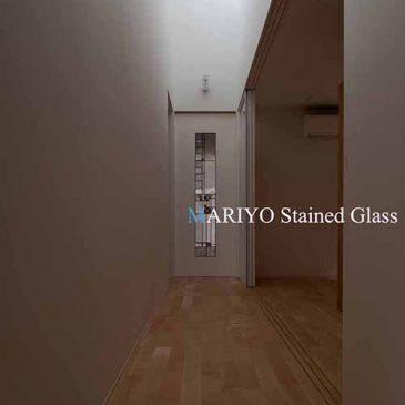 山形県 平屋の家のステンドグラス