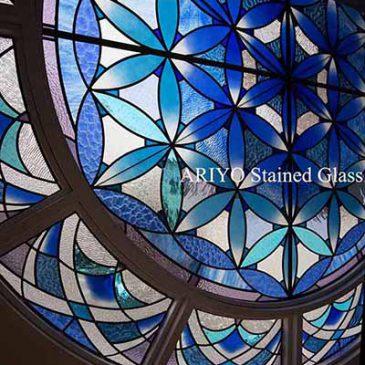 岡山県 結婚式場のステンドグラス