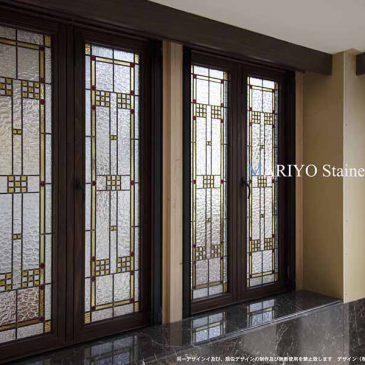 開閉式窓のステンドグラス施工例
