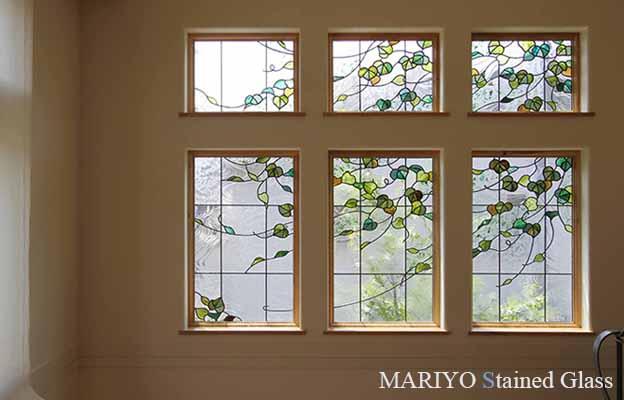 花や風景のステンドグラス