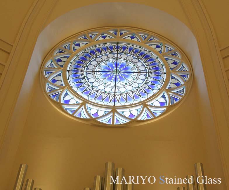 教会や公共施設のステンドグラス